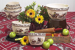 RD18 Rodeo Pattern Mixing Bowl Set of 3